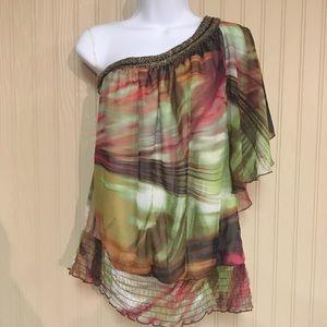 Studio Y one shoulder shirt